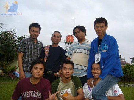 Crew MLT 09